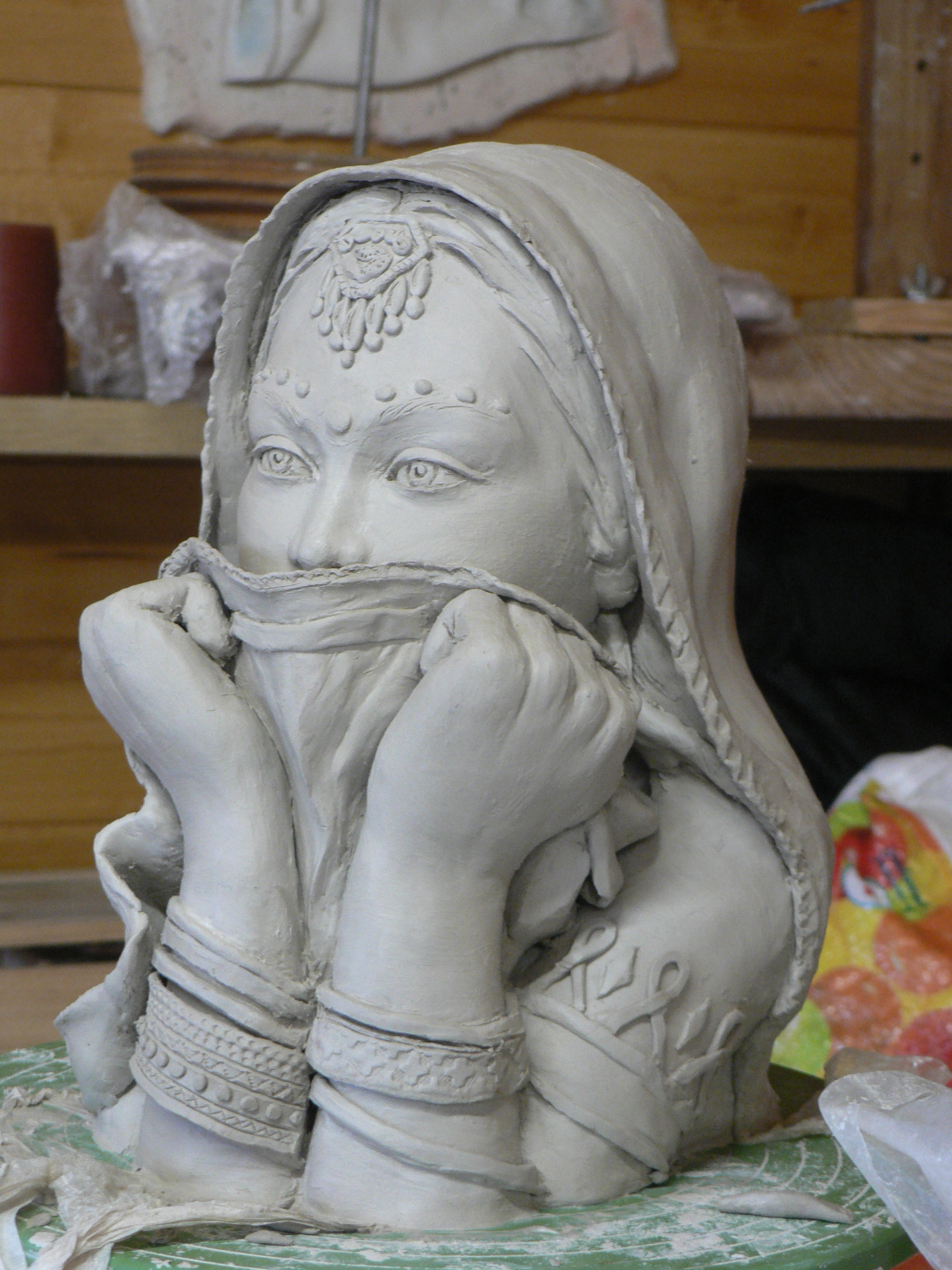 Populaire Archives du Blog » sculpture argile (femme hindoue) KH49
